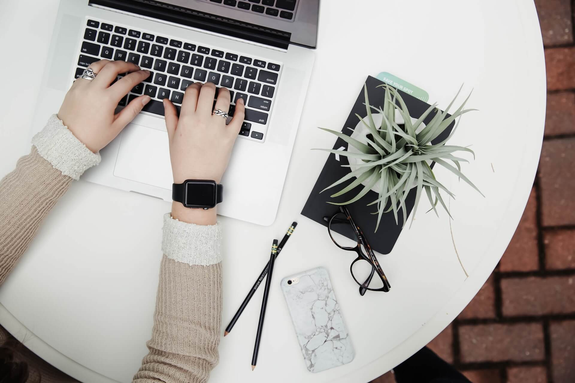 Wie lange behalten Kunden ein Apple-Gerät?