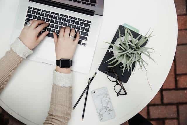 Zeblaze Blitz 3G Smartwatch Seitenansicht