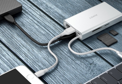 Immerhin: iPhone 12 mit USB-C-zu-Lightning-Kabel im Lieferumfang