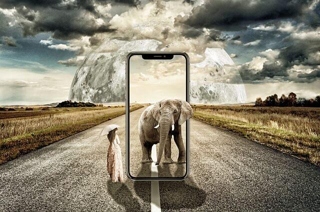 IPhone 2018: 6,1 Zoll Modell mit LCD-Display und Metallrückseite