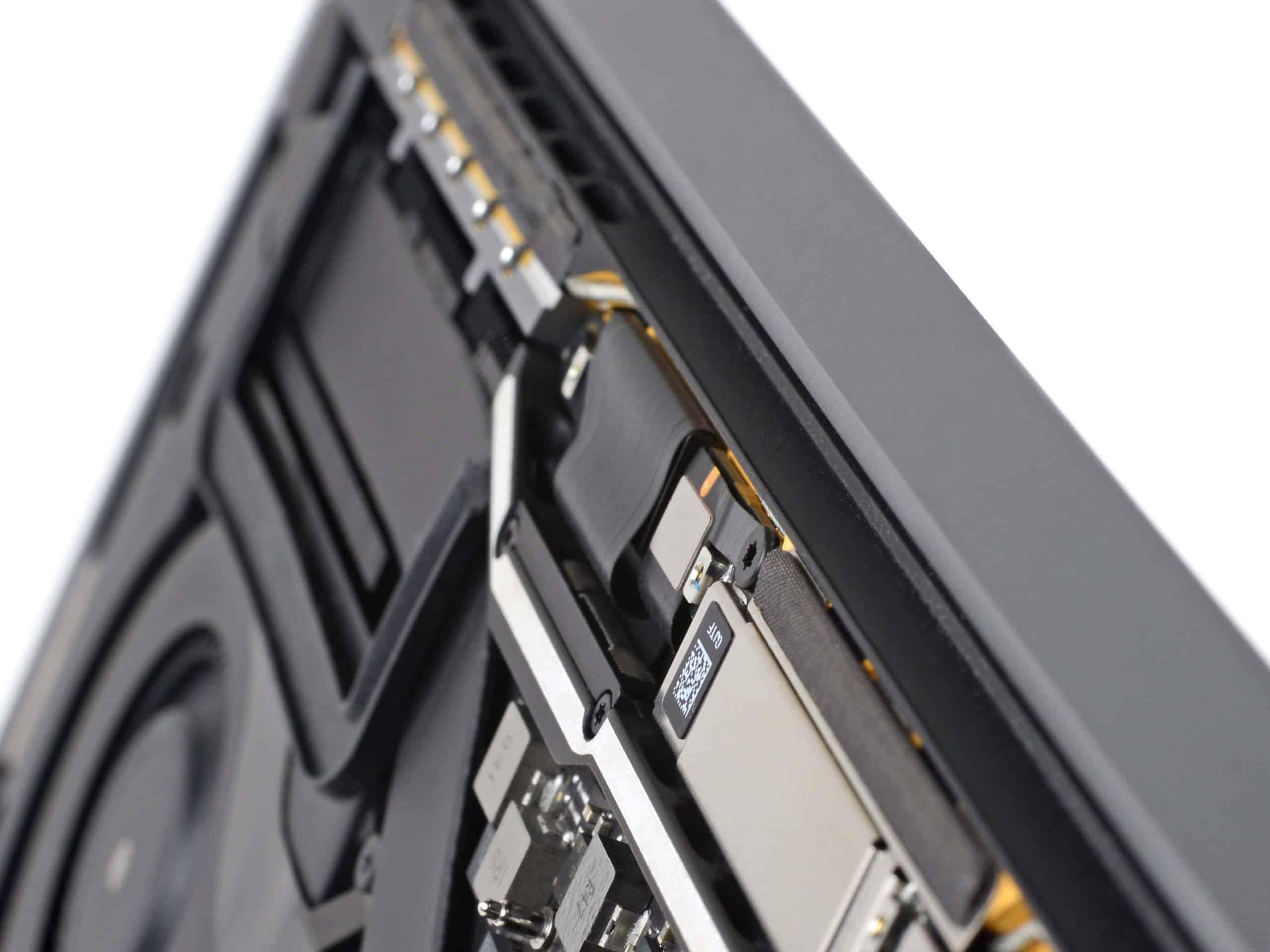 MacBook Pro 2016 Innenleben - iFixit