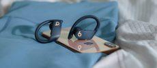 Powerbeats Pro ab jetzt auch in Marineblau, Moosgrün und Elfenbeinweiß