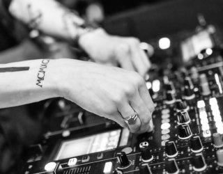 Erfahrungen mit TIDAL und Spotify: Wer schneidet besser ab?